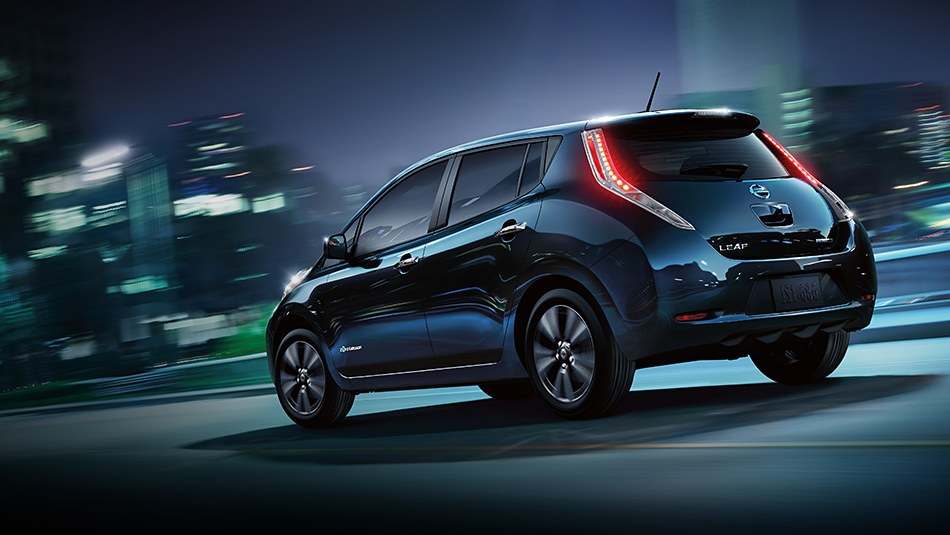 2016-nissan-leaf-rear-profile-black