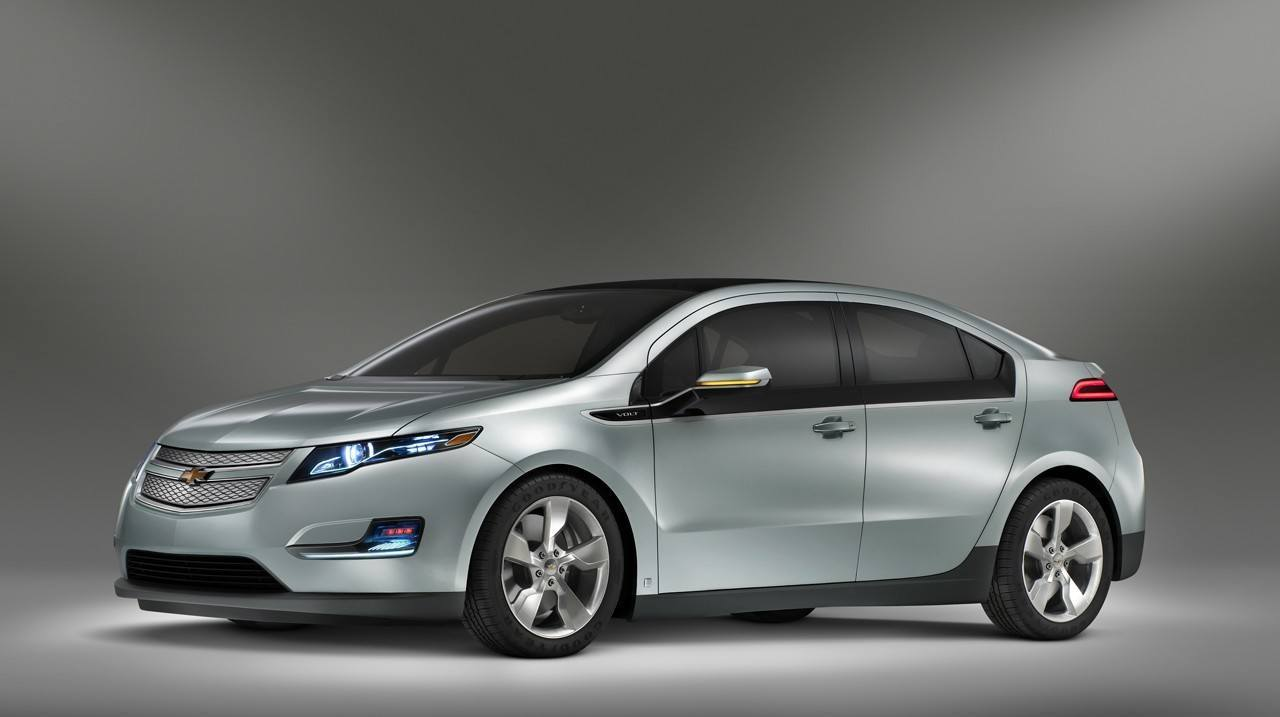 82295192011_chevy_volt_official3