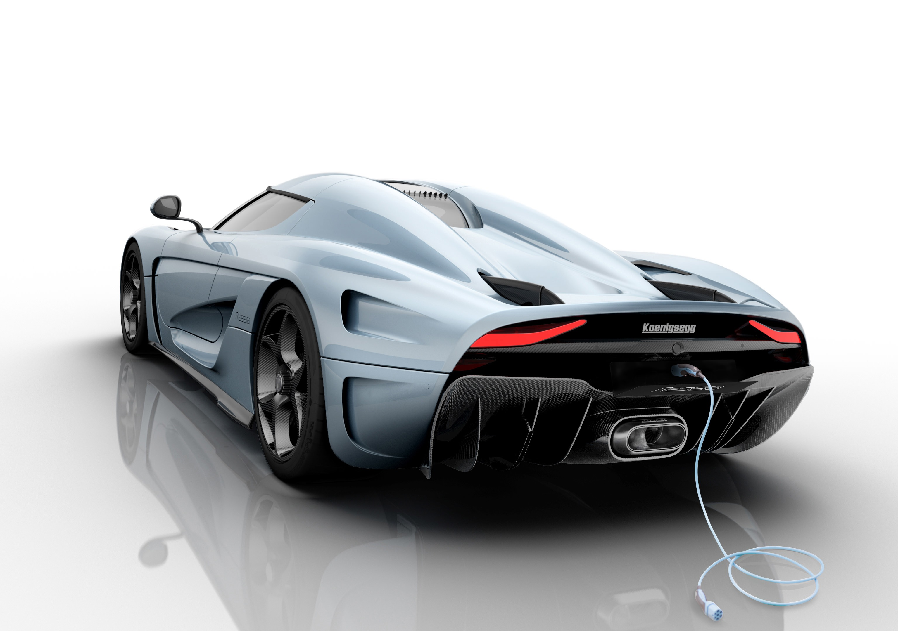Koenigsegg_Regera_rear_down_powerplug