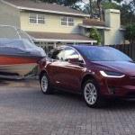 VIDEÓ: Tesla Model X hatótáv utánfutóval?
