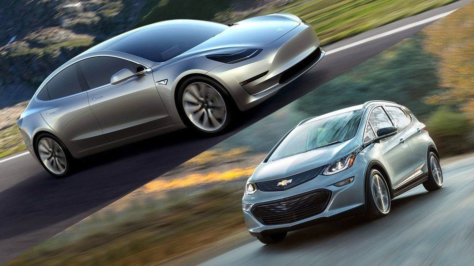 chevrolet_bolt_vs_tesla_model3_zoldautok