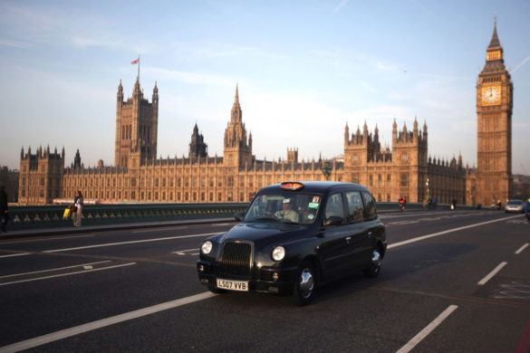 Jönnek a plug-in hibrid taxik London utcáira