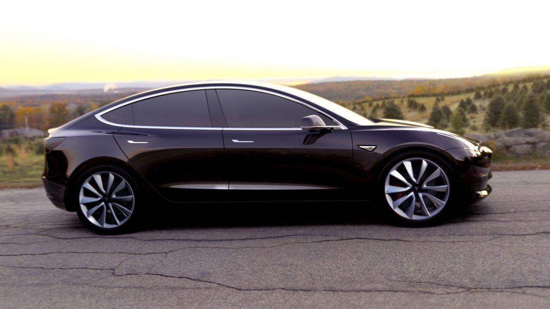 Még idén bemutathatják a Model 3-at