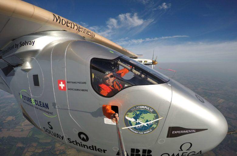 Világkörüli út napelemes repülővel