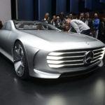 Mercedes_concept_againstmodels_15qaz_zoldautok