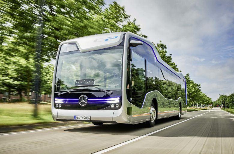 mercedes-bus012-1