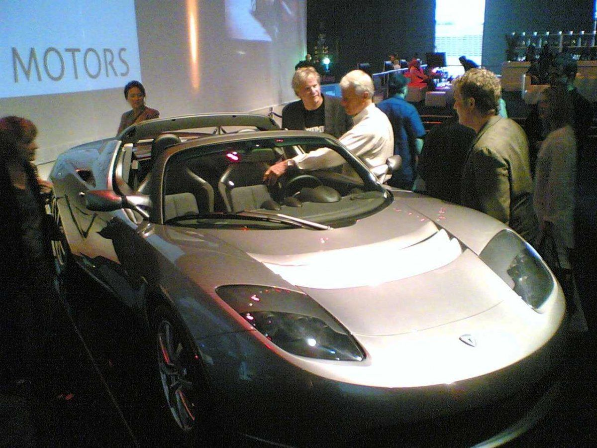 tesla-roadster-debut-party_zoldautok