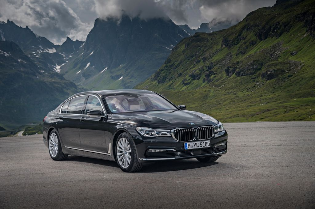 xehay-bmw-740-iperformance-versions-160716-6