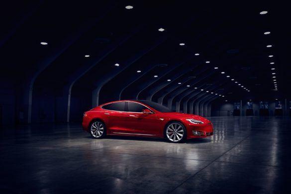 Tesla_model_s_15qthjnmg_zoldautok