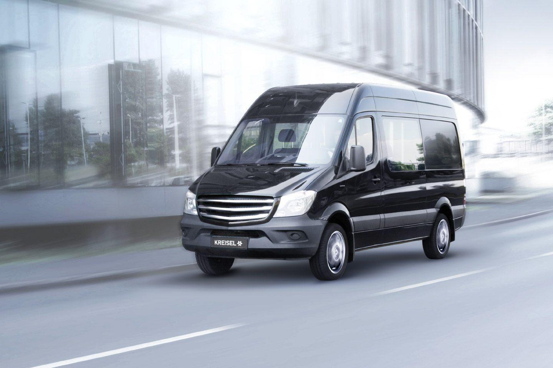 electric_transporter_with_300_km_range_zoldautok