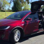 A Tesla a biztonság rovására frissített?