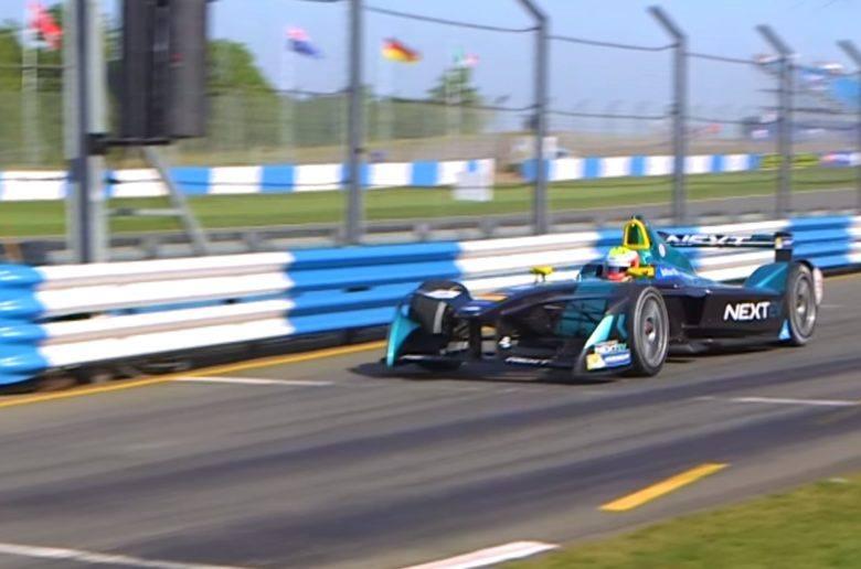 Így szólnak az új elektromos versenyautók - VIDEÓ