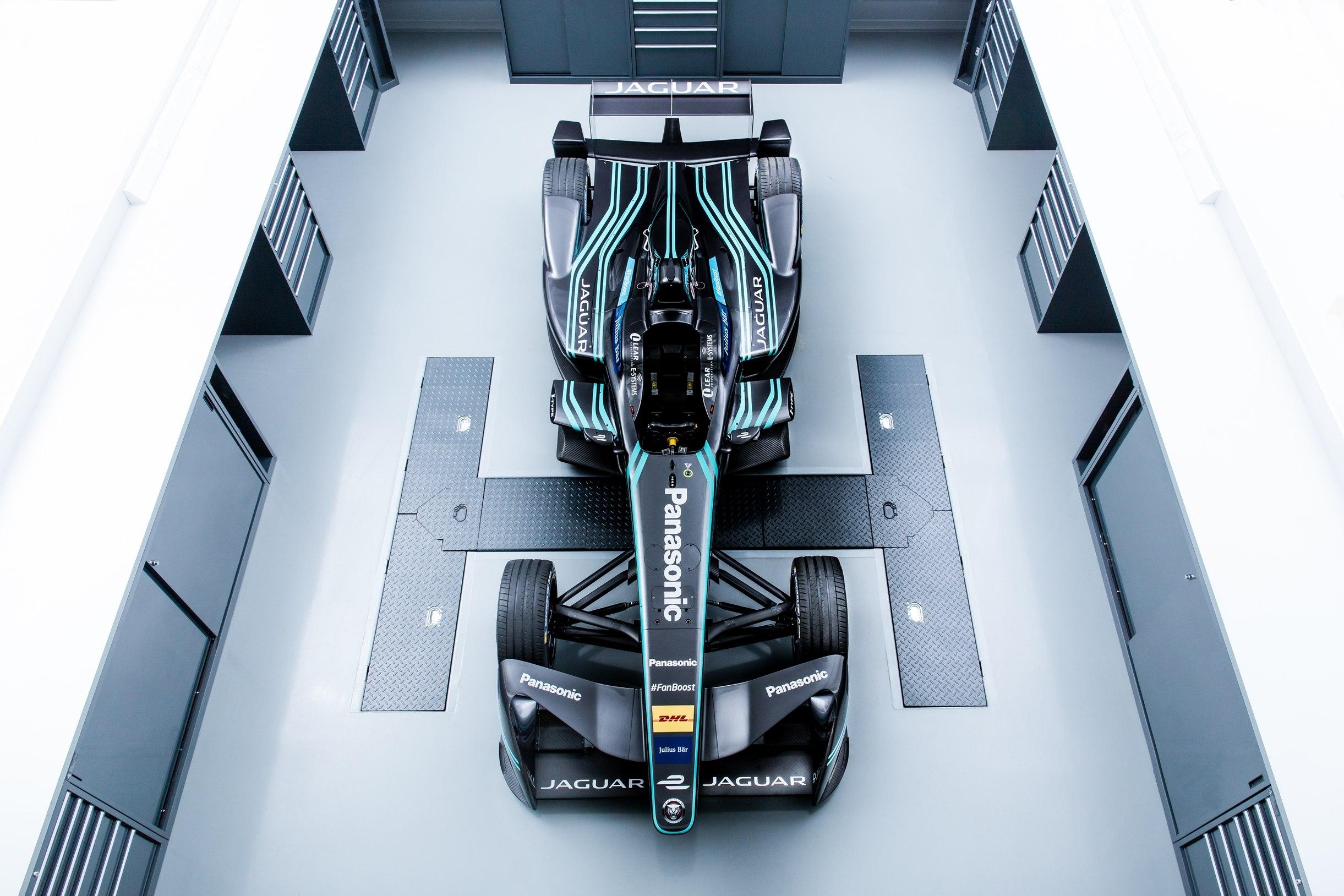 panasonic_jaguar_racing_formula_e_2_zoldautok