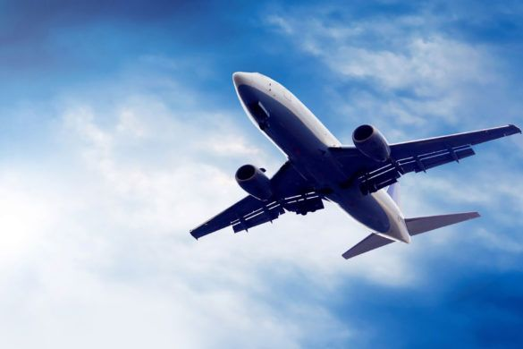 passanger_airplane_24qa_zoldautok