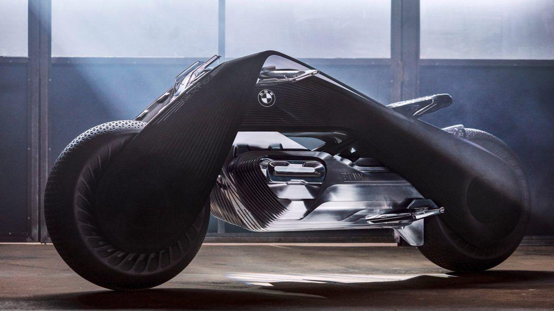 A motorozást is újragondolta a BMW