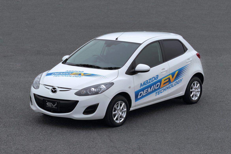 Mégis érkezik az elektromos Mazda