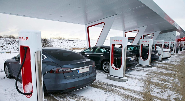 tesla_superchargingstation_zoldautok