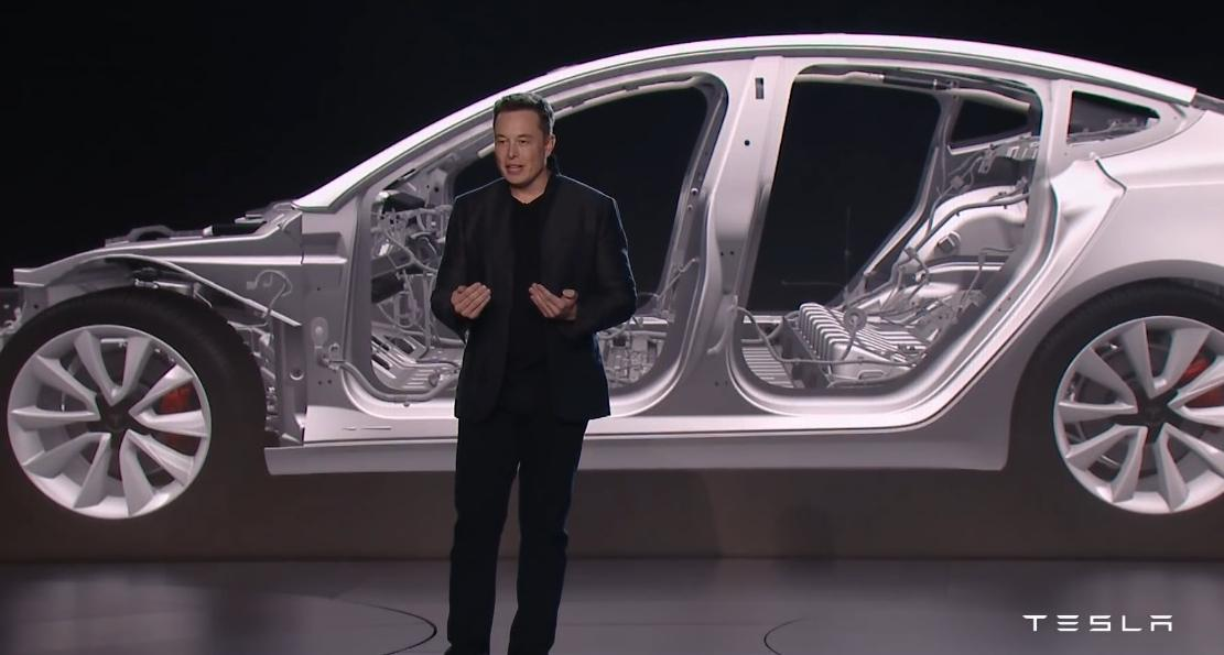 A Tesla nem megy 100 kWh fölé