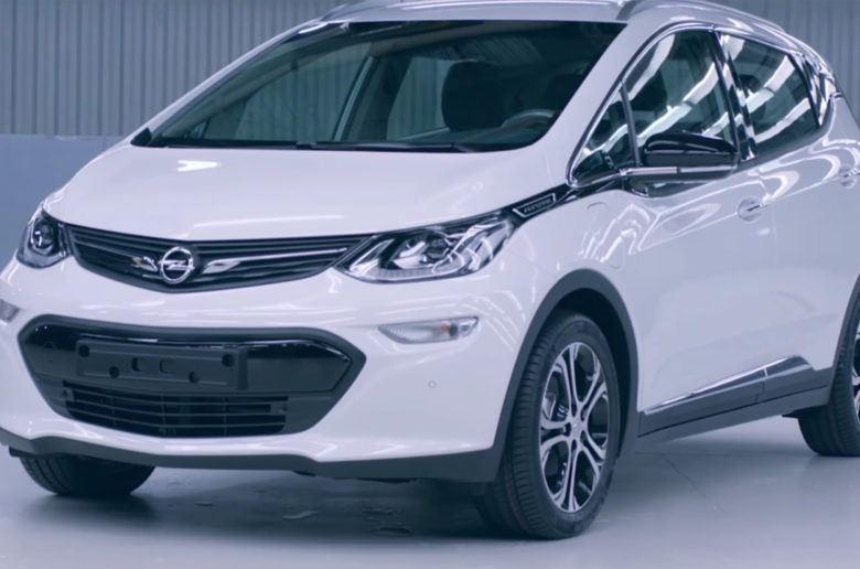 Gyártósoron az Opel Ampera-e – Videó