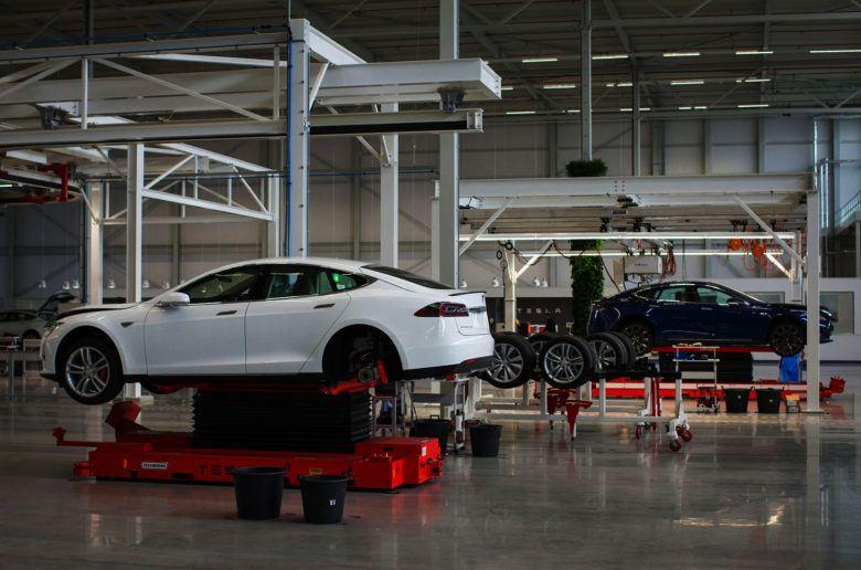 Magyarország is harcba szállhat az új Tesla gyárért