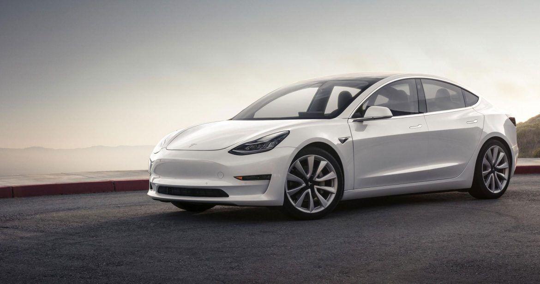 Őrület, ami a használt Model 3-akkal folyik