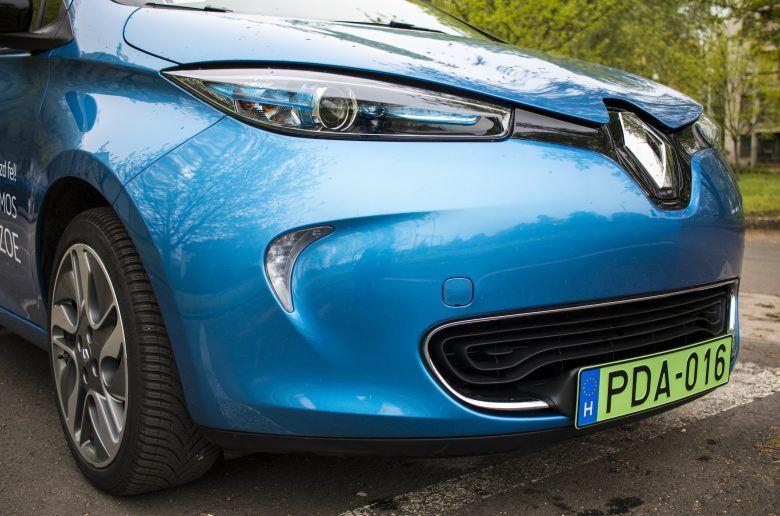 Teszt: Renault ZOE - ints búcsút a hatótáv kérdésnek
