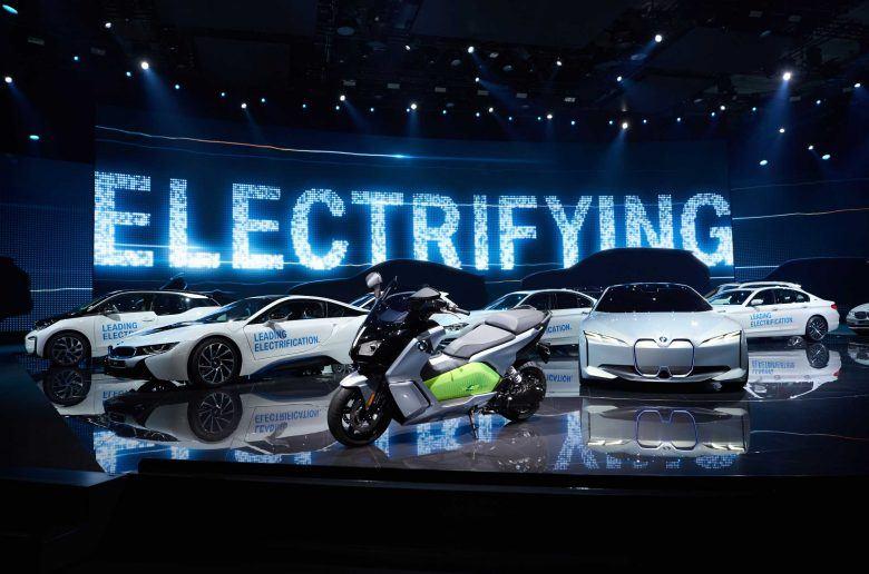 A BMW rekordot döntött az eladásokban