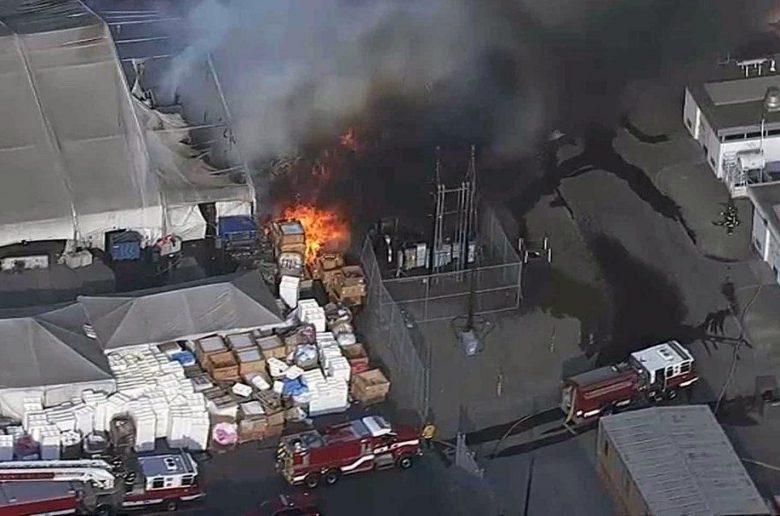 Tűz volt a Tesla gyárában
