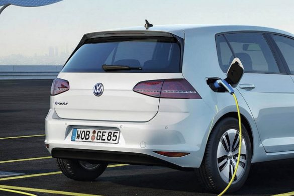 Volkswagen e-Golf töltése