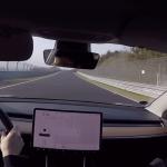 Fedélzeti kamera: Model 3 Performance a Nordschleifén – videó