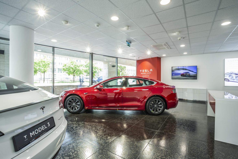 Megnyílt az első magyar Tesla-szalon