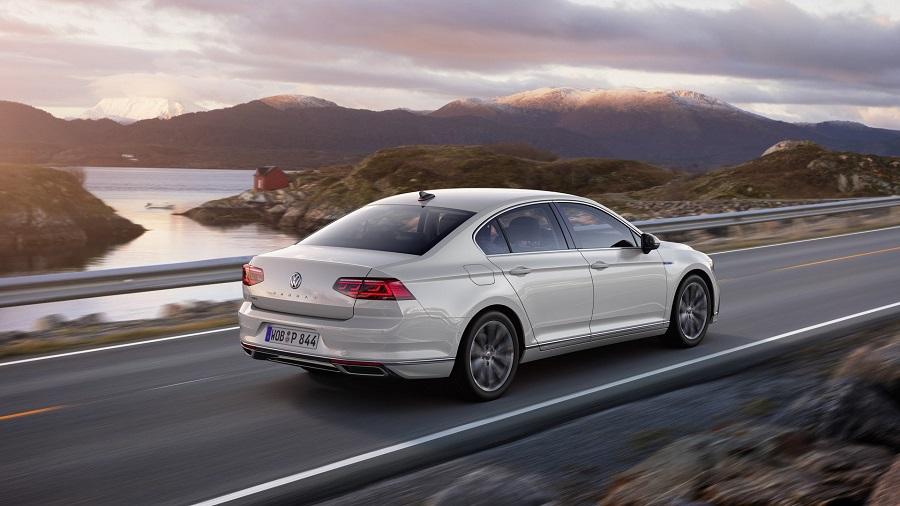 2019 Volkswagen Passat szedán facelift