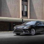 A norvég fogyasztóvédelem betiltotta a Lexus öntöltő hibrides reklámjait
