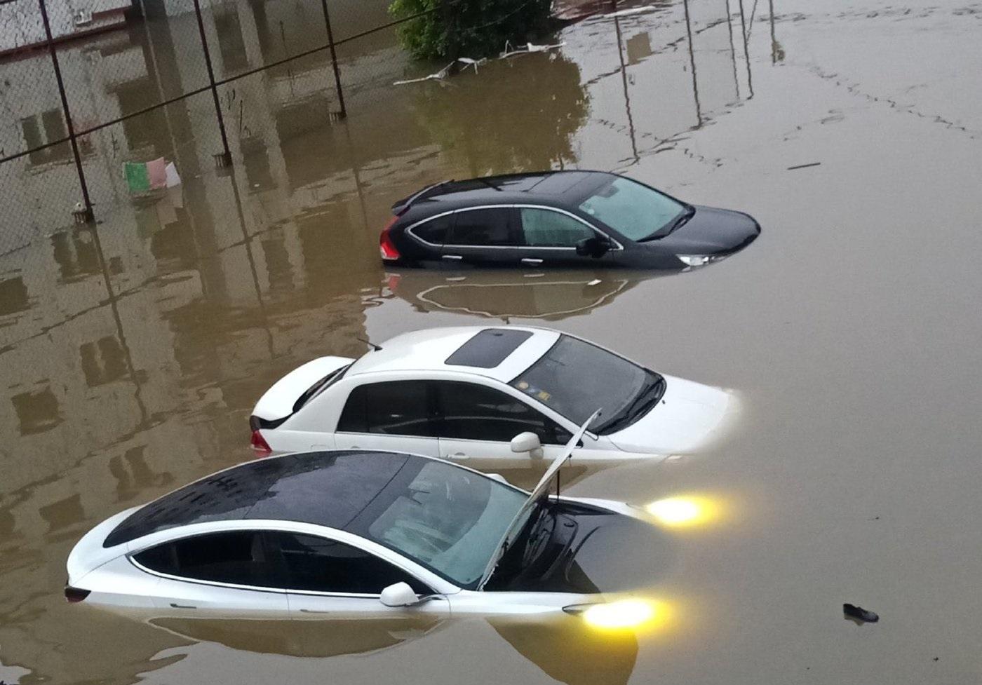 A Tesla elektronikái még a víz alatt is működnek