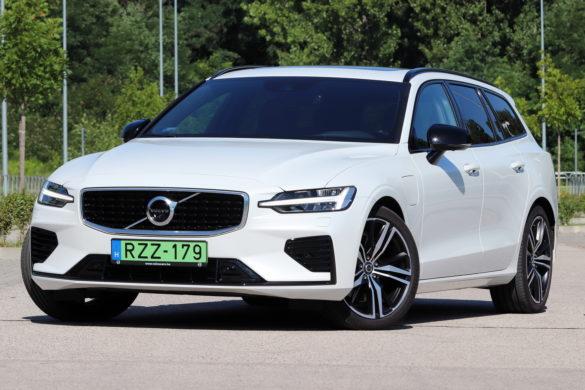 Volvo V60 T8 Recharge teszt: hófehér a lelke, piszkos a fantáziája