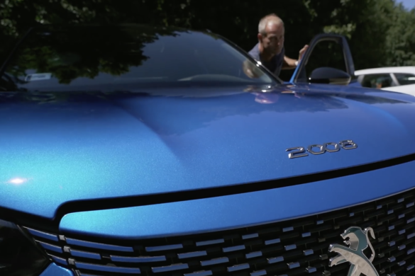 Peugeot e 2008 menetpróba by Handras [videó]