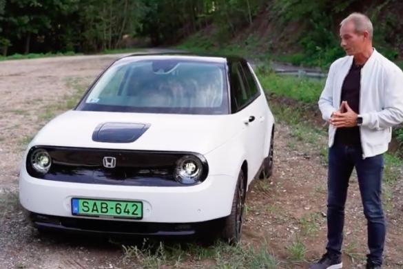 Honda-e menetpróba by Handras [videó]