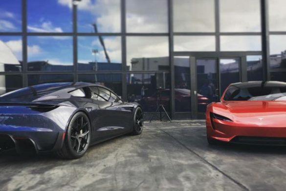 Véletlenül törölte a Tesla a Roadster-t a weboldaláról