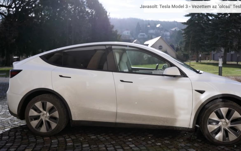 Tesla Model Y vs Model 3 első vélemények - by Handras
