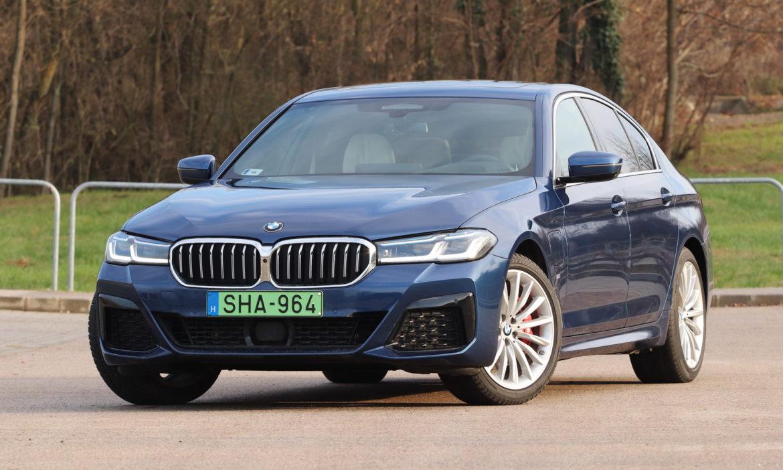 BMW 530e teszt:  Egy kis feltöltődés