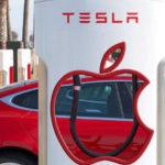 Tim Cook visszautasította Elon Musk ajánlatát, amikor el szerette volna adni a Tesla-t