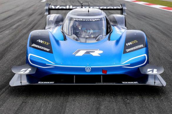 Egyesíti erősségeit a Volkswagen