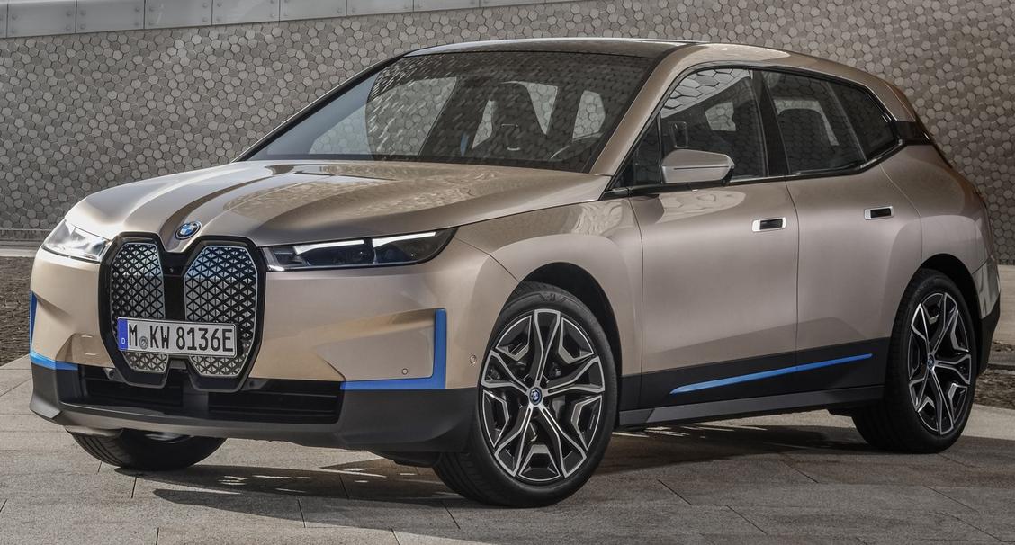Magyar tuningot kapott a legújabb BMW villanyautó