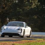 Minden tizedik eladott Porsche elektromos hajtású volt 2020 végén